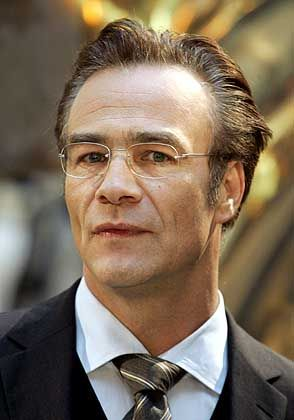 Vom Tatortkomissar zum Bundeskanzler: Hauptdarsteller Klaus J. Behrendt