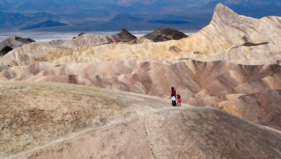Touristen im Death Valley (Archivbild)