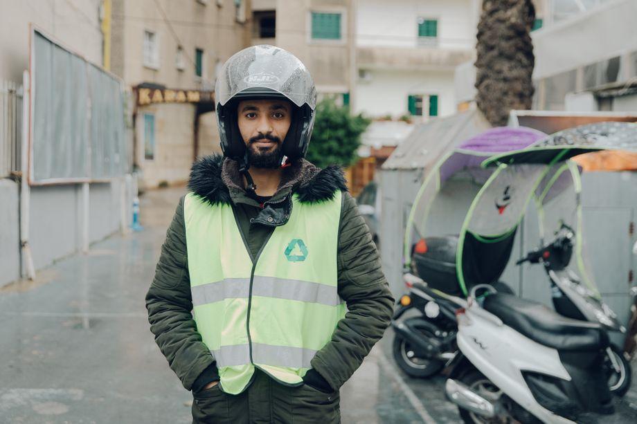 Bachar Zarkan verdient jetzt 130 Dollar im Monat, ein vergleichsweise gutes Gehalt in diesen Zeiten im Libanon