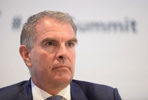 """Lufthansa CEO Carsten Spohr: """"The federal government has already publicly denied nationalization."""""""