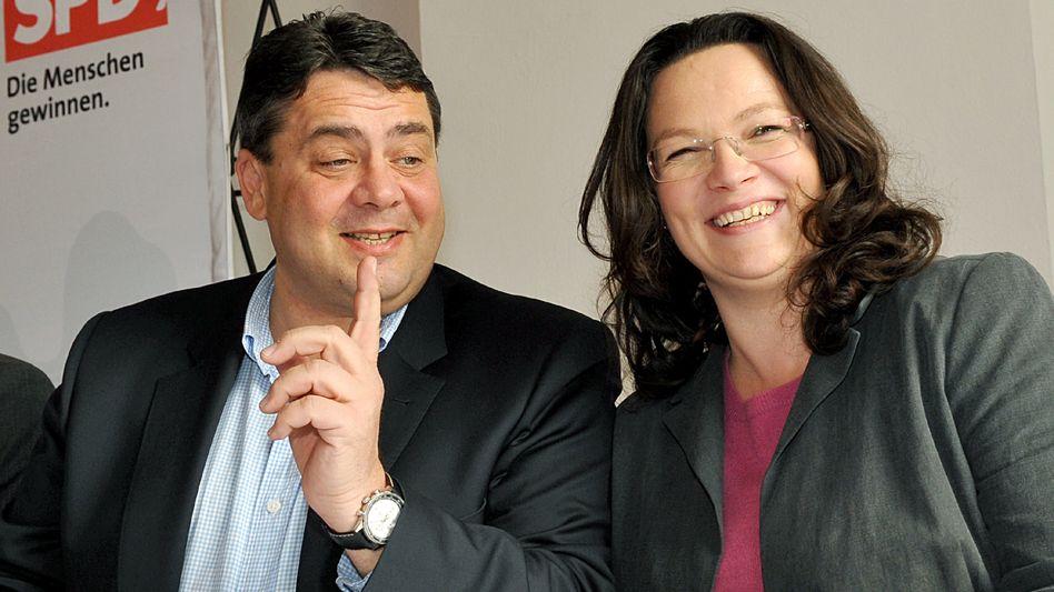 Künftige SPD-Vorderleute Gabriel, Nahles: Einig auch in der Kritik an ihren Vorgängern