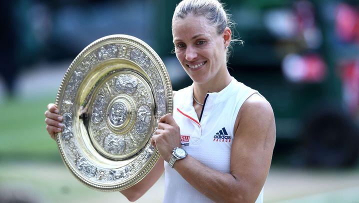 Kerbers Sieg in Wimbledon: Tränen und Trophäe