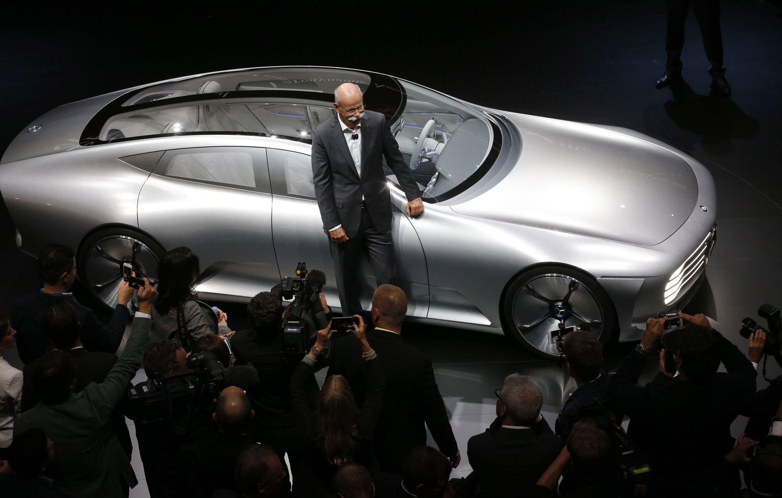2015 / IAA / Mercedes-Benz Concept IAA / Dieter Zetsche
