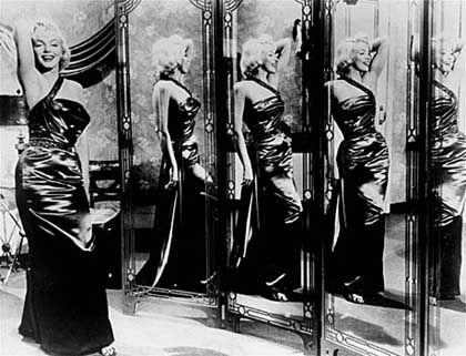 """Monroe in """"Wie angelt man sich einen Millionär"""" (1953)"""