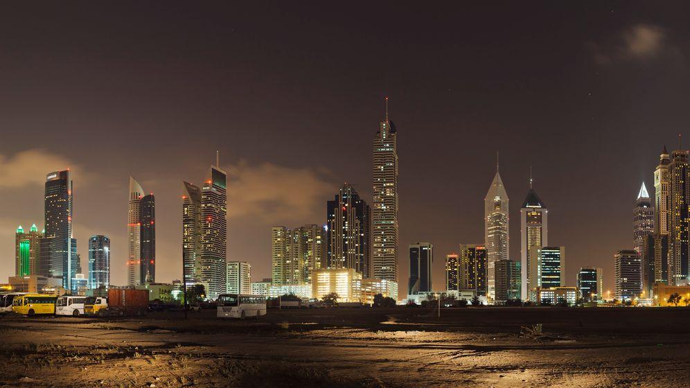 """Bildband """"The Dubai"""": Wüstenemirat mit Widersprüchen"""