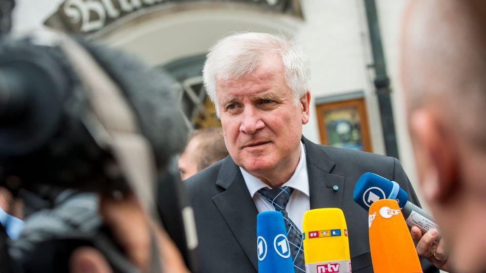 CSU-Chef Horst Seehofer: Rückendeckung aus der eigenen Partei