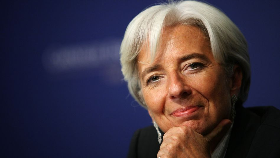 """IMF Managing Director Christine Lagarde: """"There has been a clear crisis of confidence that has seriously aggravated the situation."""""""