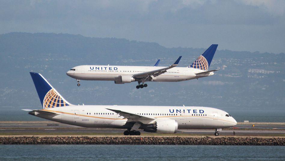 Flugzeuge von United Airlines: Die Begründung kommt per Post