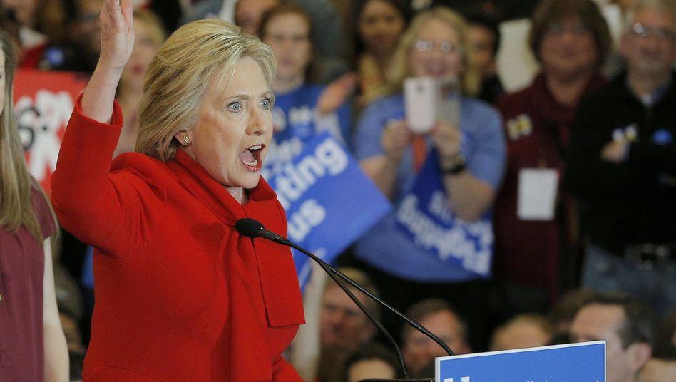 Wahlkämpferin Clinton: Enges Rennen beim Iowa Caucus