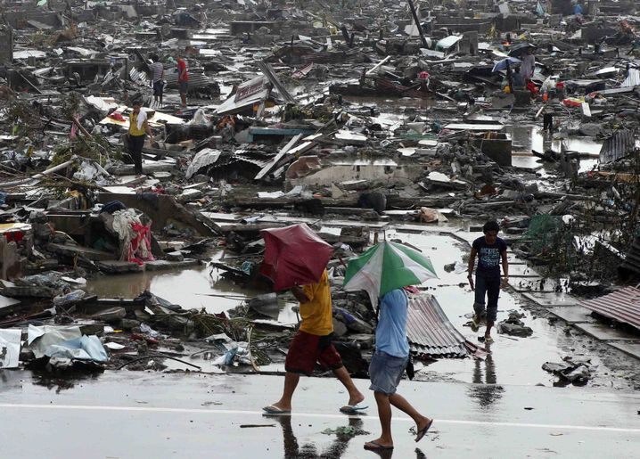 Tacloban: Trümmer, so weit das Auge reicht