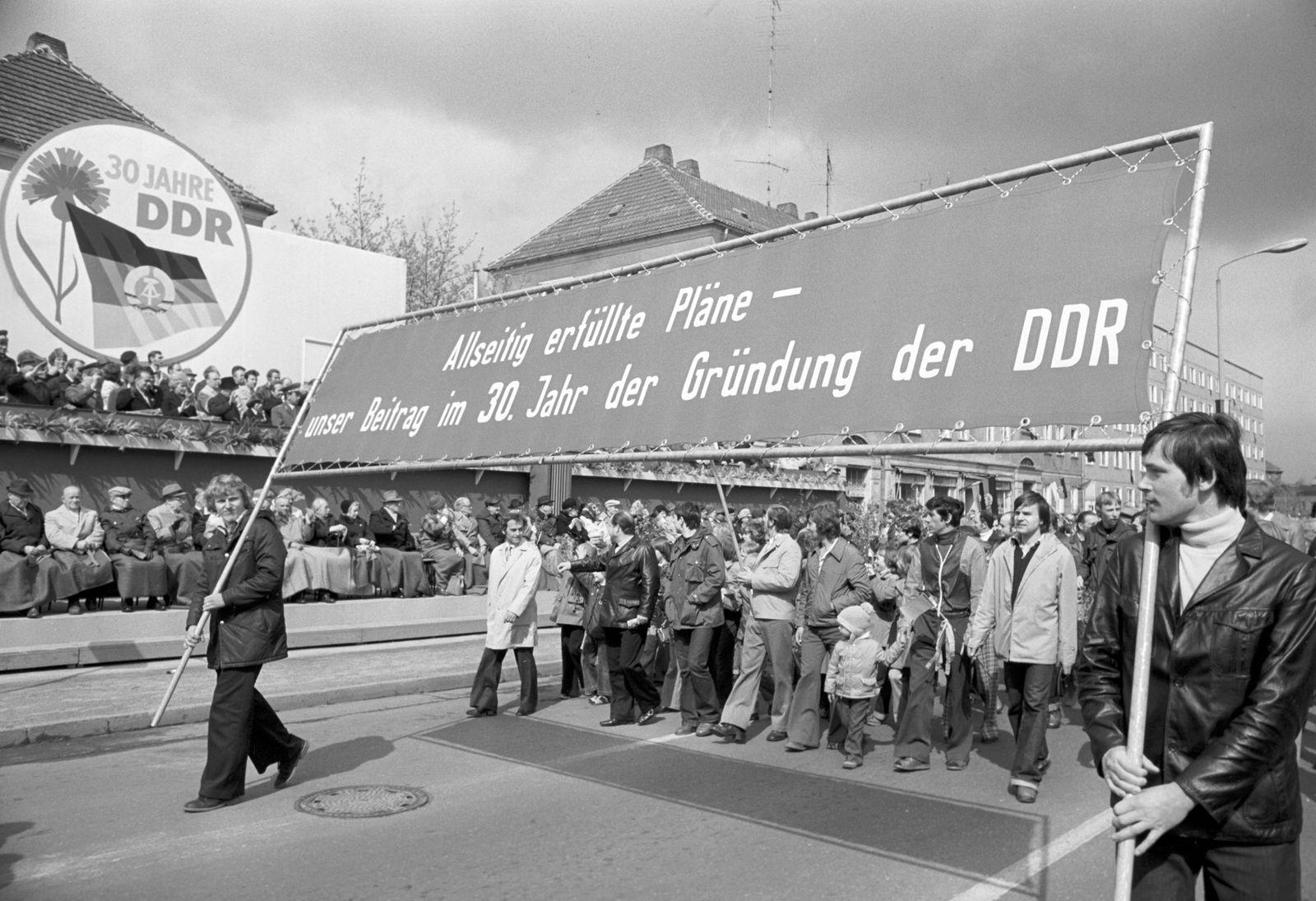 DDR - Maidemonstration