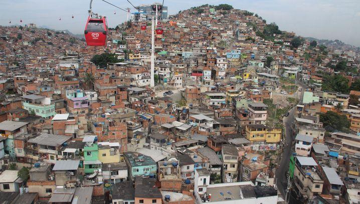Slum in Rio: Idylle in der Seilbahn, Ungeziefer im Trinkwasser