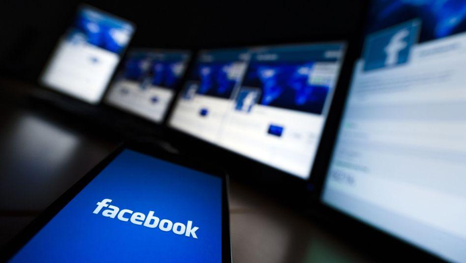 Facebook auf Handy und PC: Mehreinnahmen durch einen Wunschknopf?