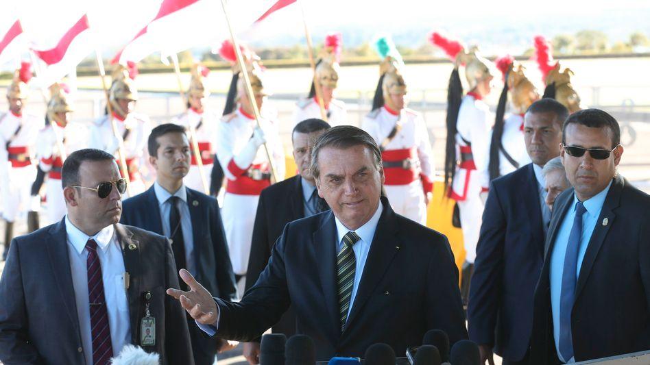 """Brasiliens Präsident Bolsonaro: """"Zunächst sollte Macron die Beleidigungen gegen mich zurücknehmen"""""""