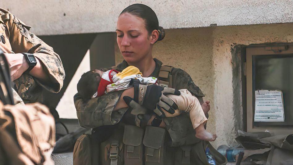 Nicole Gee, 20. August 2021 in Kabul: Die US-Soldatin starb wenige Tage später bei einem Attentat