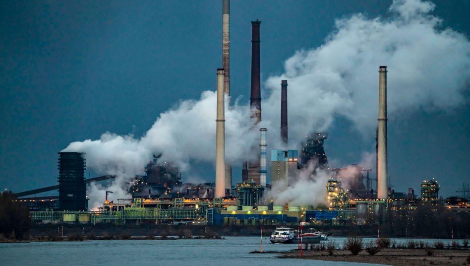 Das Stahlwerk von Thyssenkrupp in Duisburg-Marxloh