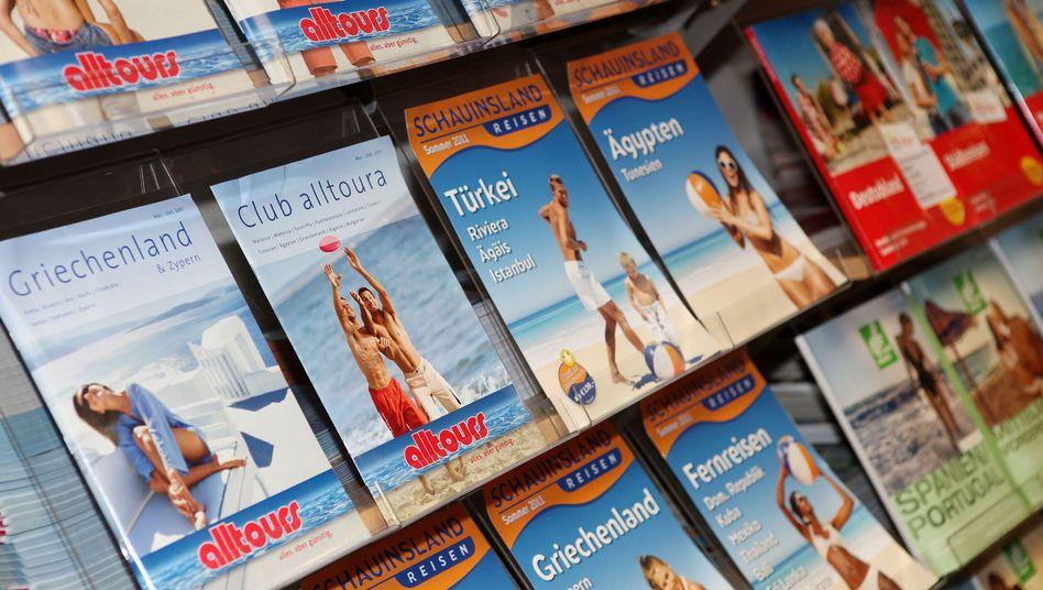 Kataloge im Reisebüro: Was Anbieter versprechen, müssen sie auch halten