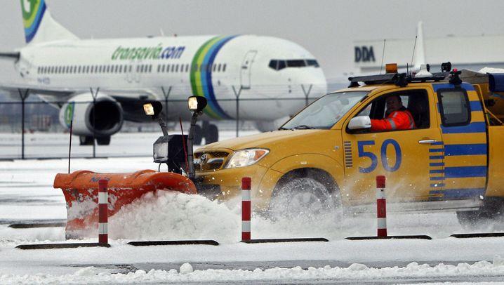Eis, Schnee, Kälte: Kein Durchkommen mehr in Europa