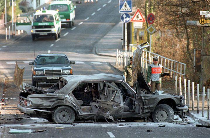 Herrhausens Wagen nach dem tödlichen Attentat