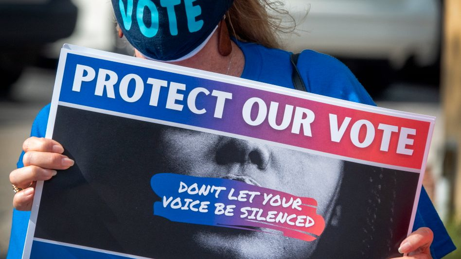 Protestanten in Miami: »Protect our vote«