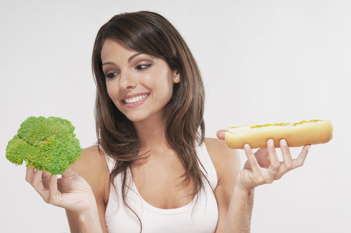 Weniger essen - bessere Laune? Fasten hebt in den meisten Fällen nach einigen Tagen die Stimmung