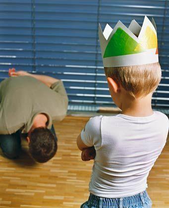 Wenn der Vater vor dem Sohne... : Was tun, wenn die Kleinen nicht hören wollen?