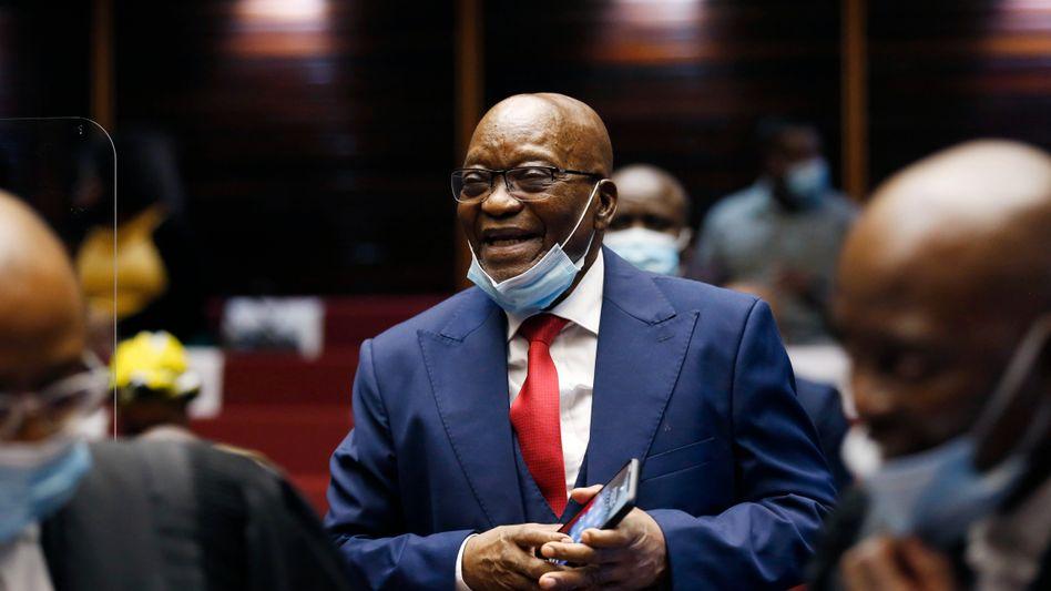 Lächelnd zum Korruptionsprozess: Jacob Zuma, Ex-Präsident Südafrikas