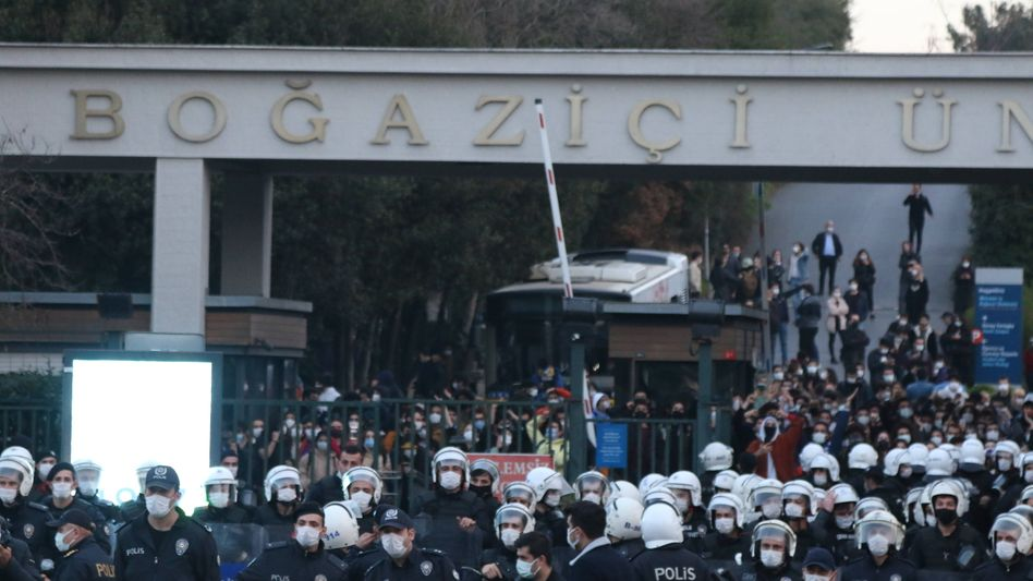 Polizeieinsatz bei Protesten in Istanbul (im Januar 2021)