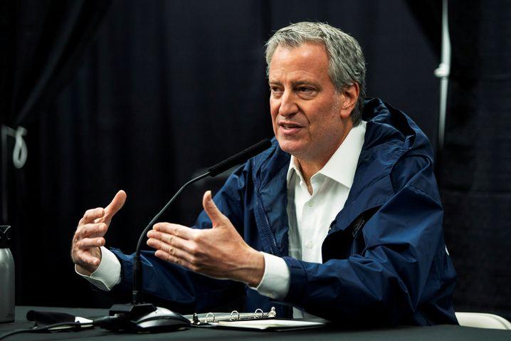 """Bill De Blasio, Bürgermeister von New York City: Den Roosevelt vom Sockel zu holen, sei """"die richtige Entscheidung zum richtigen Zeitpunkt"""""""