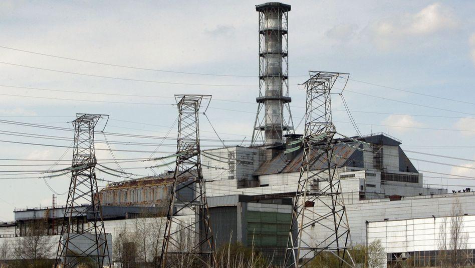 """Atomkraftwerk Tschernobyl (im April 2010): """"Es wäre unverantwortlich, wenn der Bau abgebrochen werden müsste."""""""
