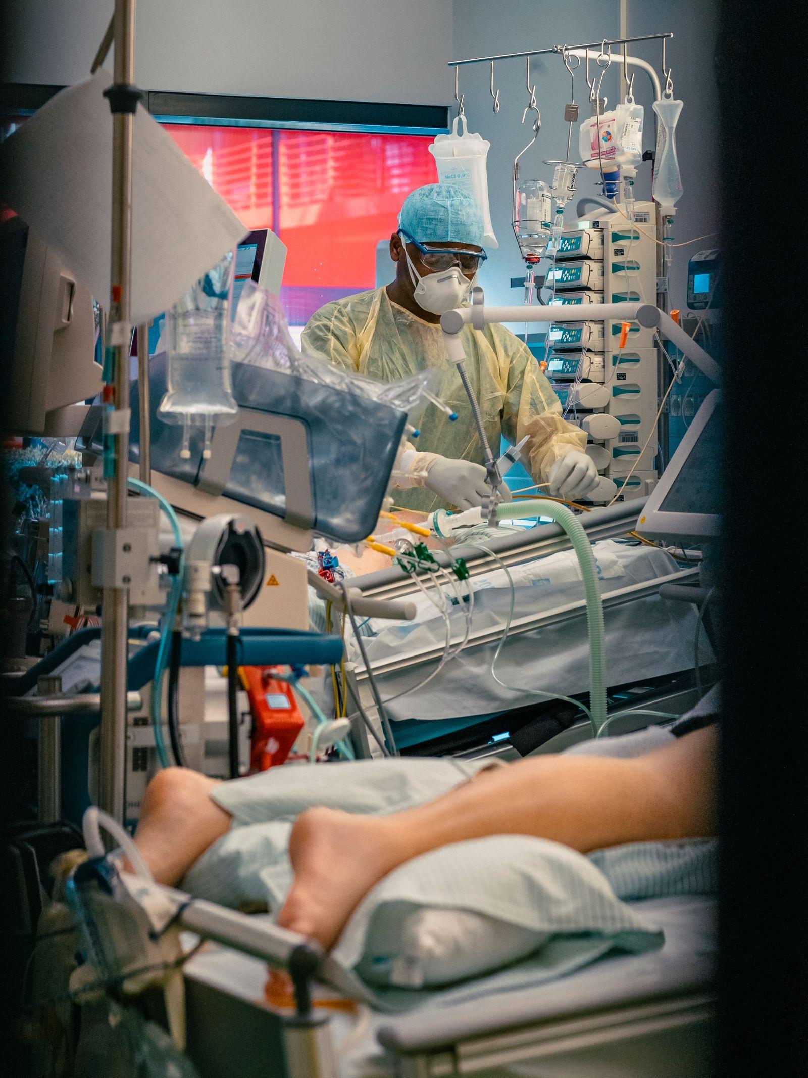 Pflege von einem covid-19 Patienten