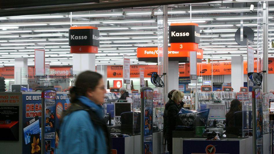 """Saturn-Markt in Duisburg: """"Wir lassen uns nicht rausdrängen"""""""
