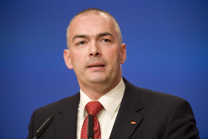 Axel E. Fischer, geboren 1966, sitzt seit 1998 im Bundestag. Er ist Diplomingenieur