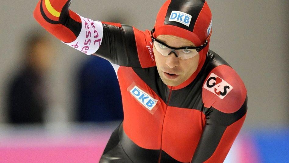 Eisläufer Schwarz: Unerwarteter Erfolg im Weltcup-Rennen