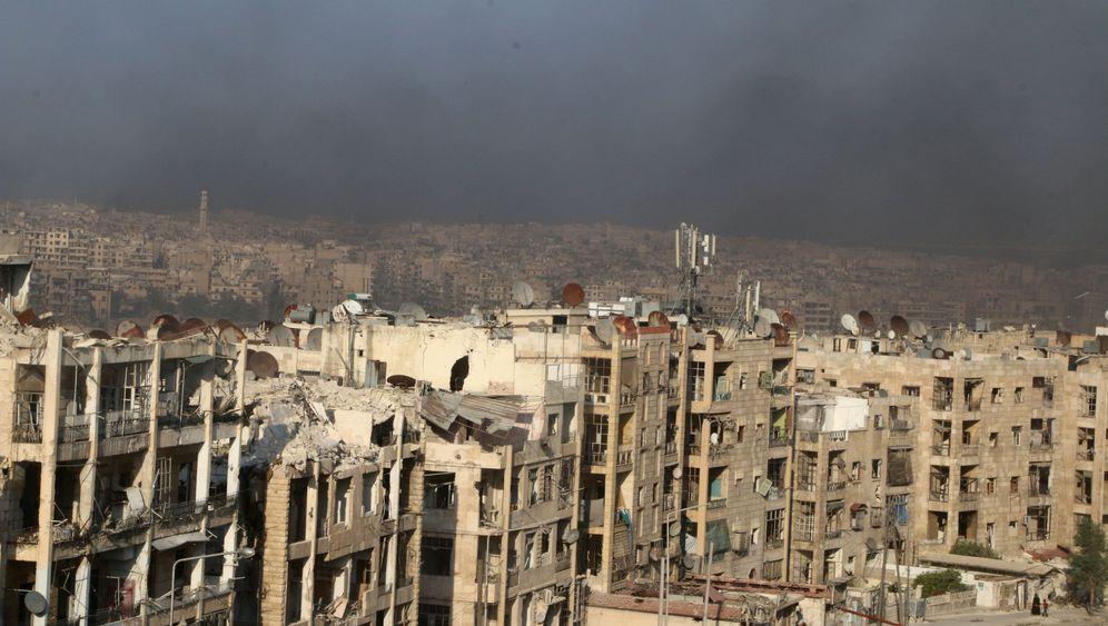 Kampf um Aleppo: Rauch über dem Kessel