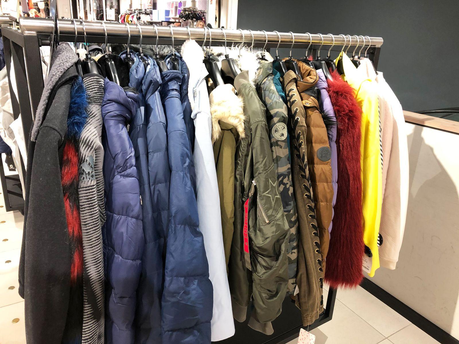 Caroloin Wahnbaeck/ Offline-Shopping