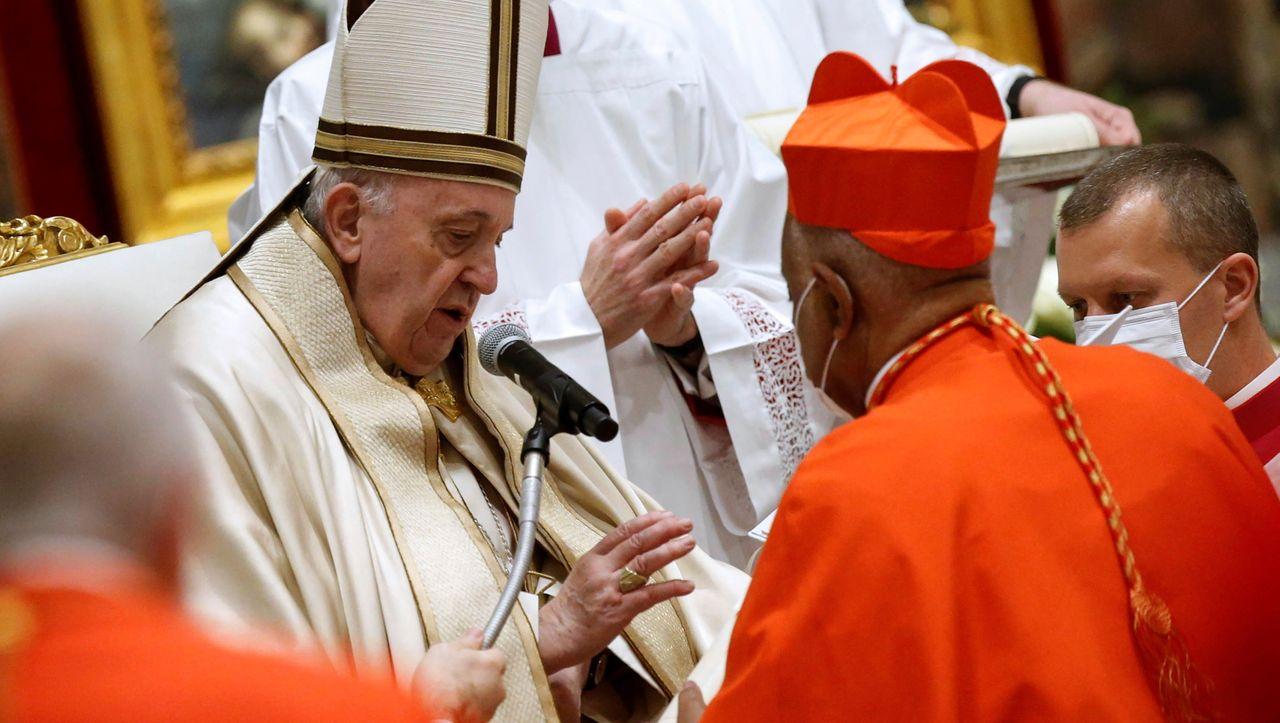 Papst ernennt ersten schwarzen US-Amerikaner zum Kardinal -...