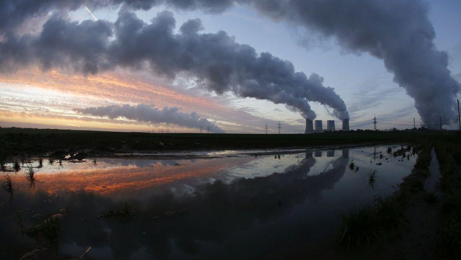 Kohlekraftwerk (Archivbild): Ökostrom verdrängt konventionelle Meiler
