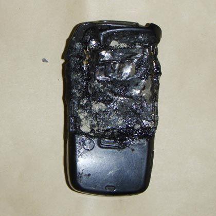 Machte am Donnerstag weltweit Schlagzeilen: Das explodierte Handy, das angeblich einen Arbeiter tötete