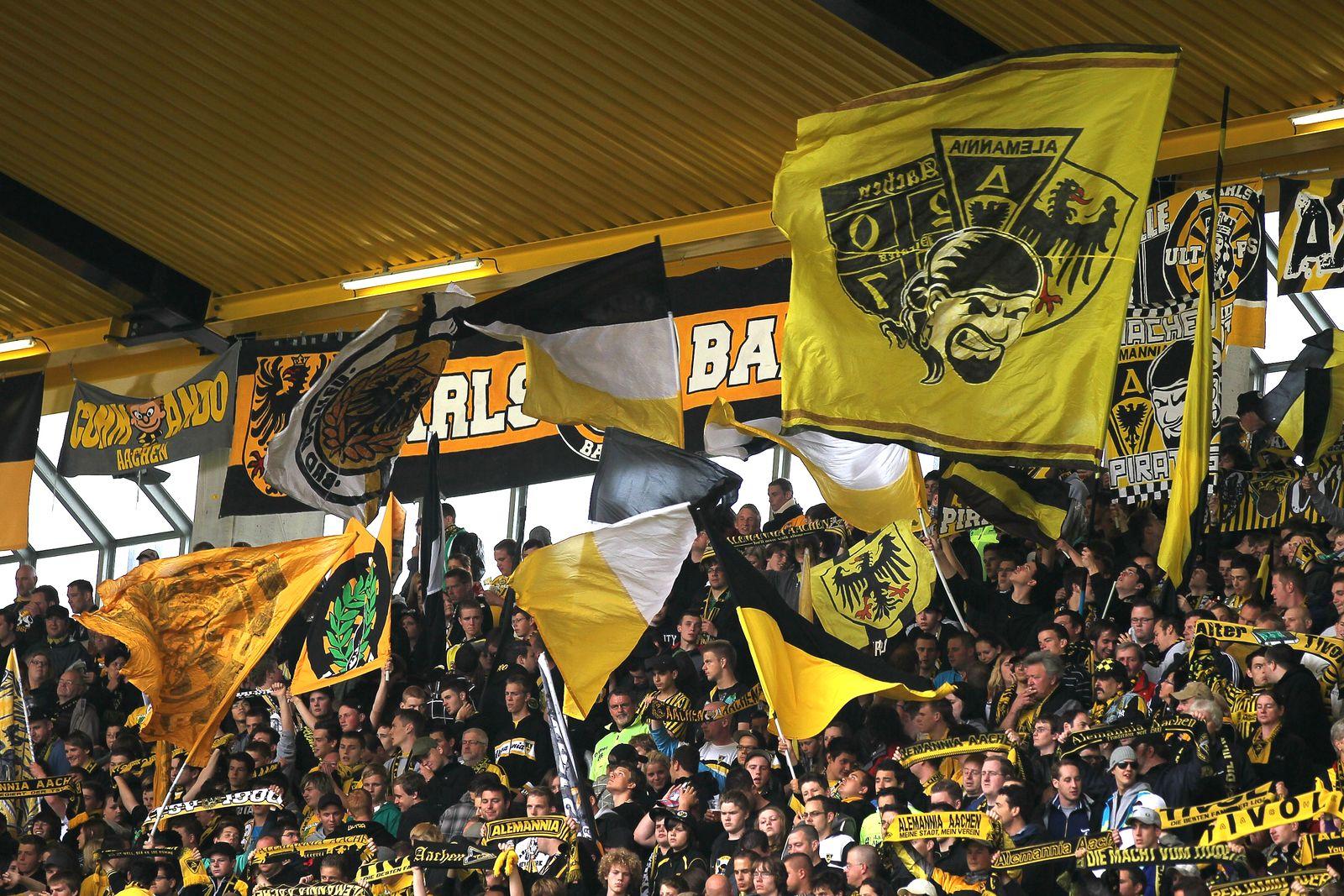 Alemannia Aachen / Fans / Aachen Ultras / Karlsbande