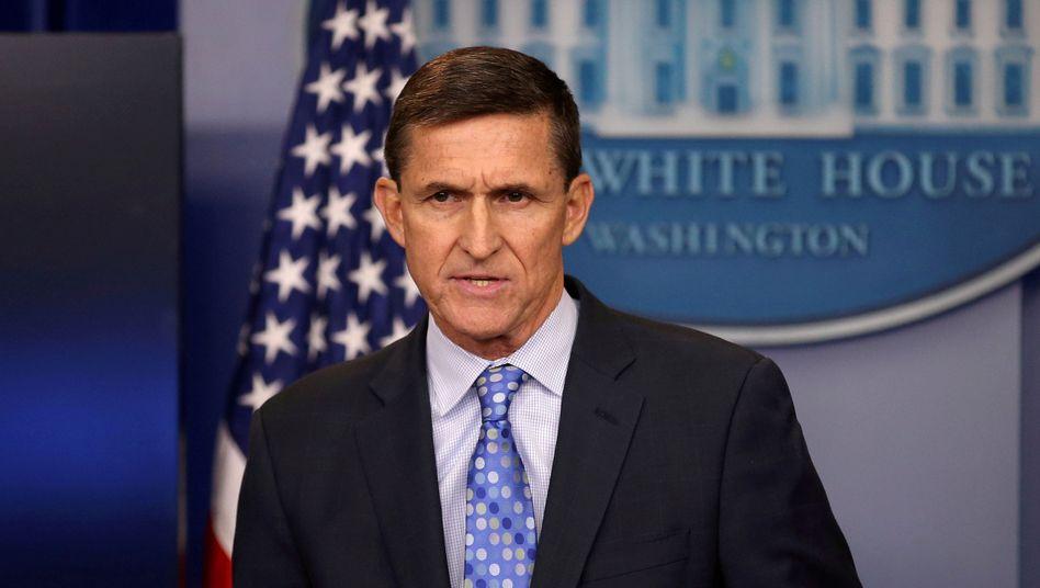 """Michael Flynn im Jahr 2017, als er noch Trumps Sicherheitsberater war. Nun spricht er von """"Arglist"""" und """"Rachsucht"""""""