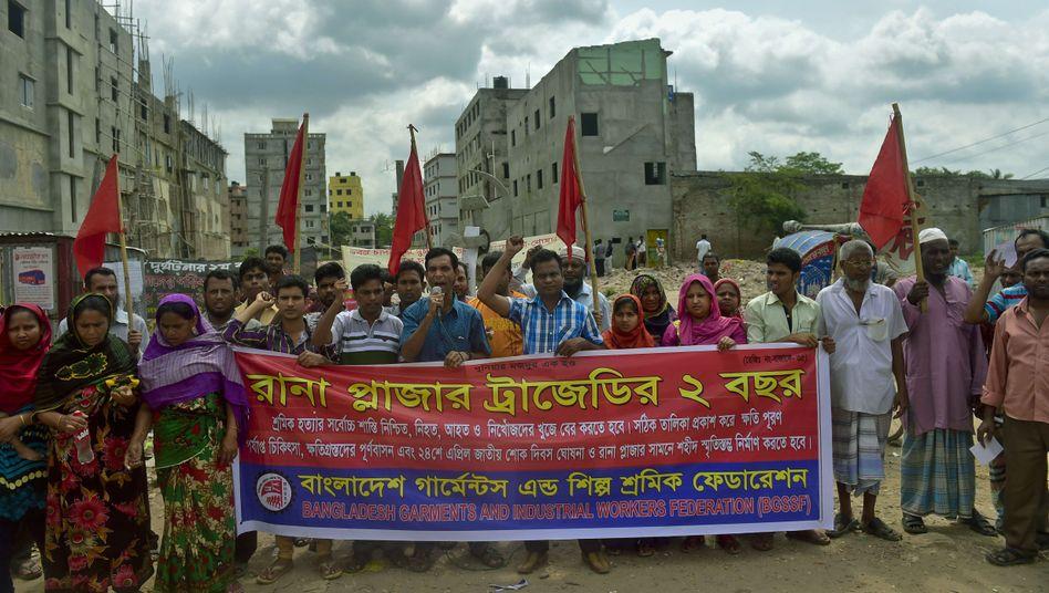 Textilarbeiter am Unglücksort: Keine einzige Fabrik zu hundert Prozent sicher