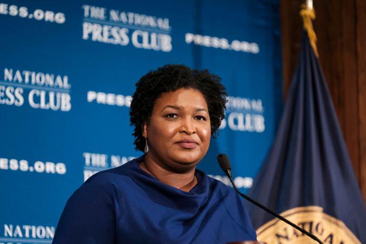 Stacey Abrams machte auf sich aufmerksam, weil sie 2018 im Rennen um den Gouverneursposten in der Republikanerhochburg Georgia nur knapp scheiterte.