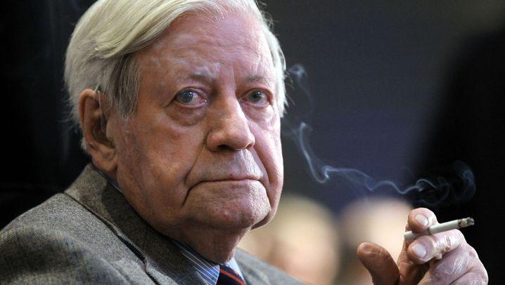 Photo Gallery: Helmut Schmidt's Life in Pictures