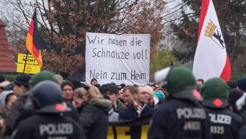 Protest gegen Flüchtlinge in Berlin: Deutschland reagiert abscheulich