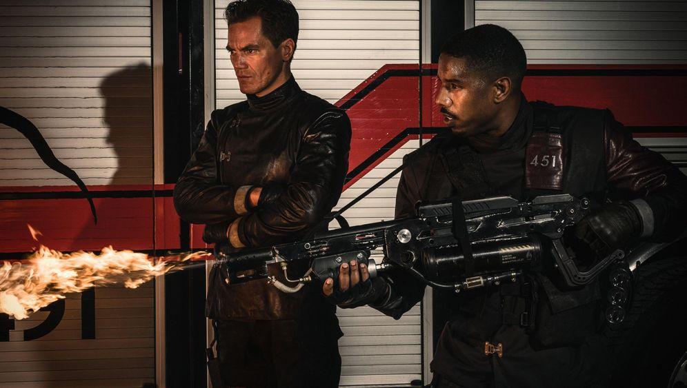 """Remake von """"Fahrenheit 451"""": Eine digitale Dystopie"""