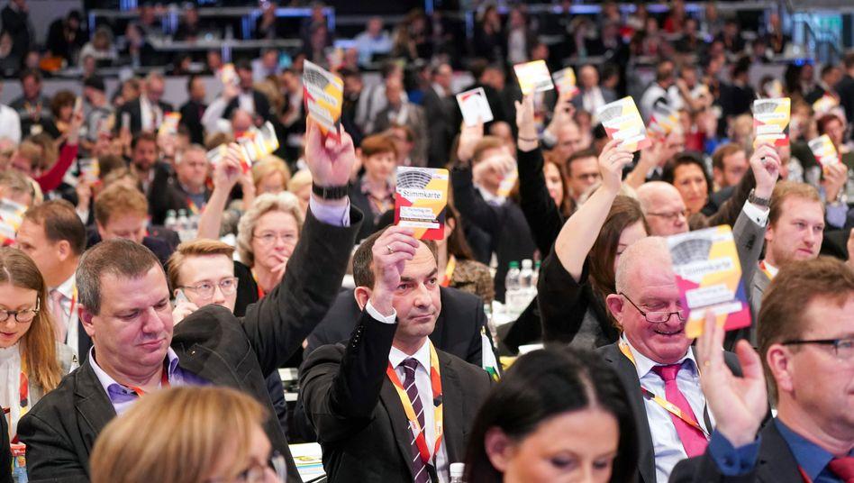 So nah wie beim CDU-Bundesparteitag im Dezember 2019 in Leipzig werden sich die Delegierten in Stuttgart nicht kommen dürfen - falls das Zusammentreffen überhaupt stattfindet