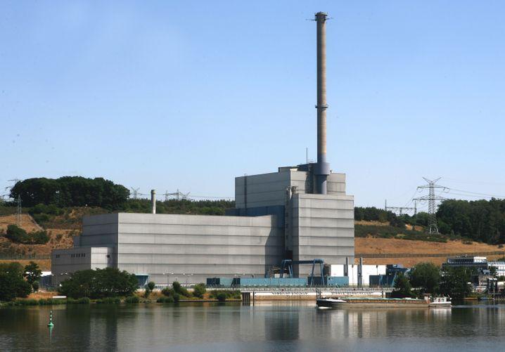 The Krümmel nuclear plant near Hamburg: The reactor had to be shut down on July 4 following a short circuit in a transformer.