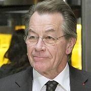 SPD-Parteivorsitzende Franz Müntefering: WAZ soll auf Stellenabbau verzichten