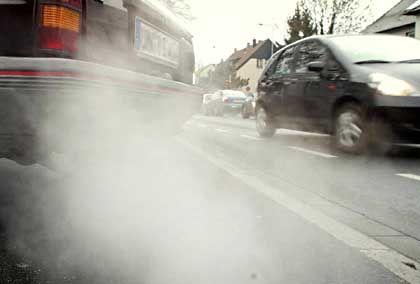 Abgase: Autolobby geht gegen Brüsseler Pläne für CO2-Grenzwerte vor